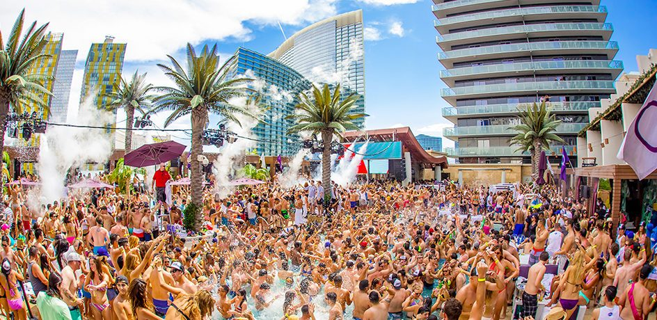 Dreaming of a poolside cabana in Vegas? Marquee awaits!