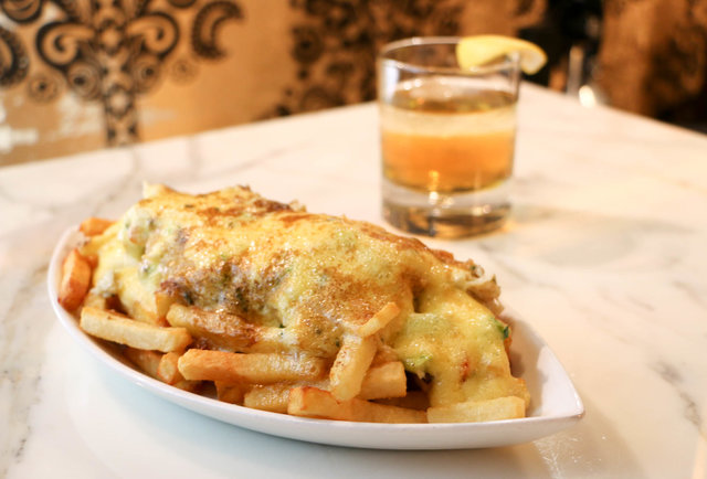3. Oscar-Style Poutine at The Barrymore (Royal Resort)